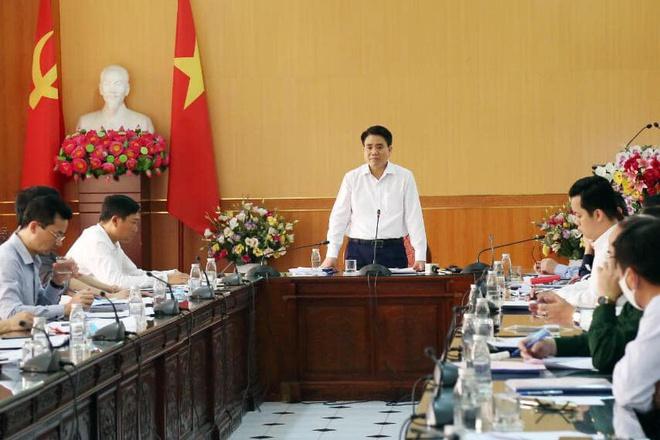 Chủ tịch Hà Nội giải thích về 20 ca dương tính chưa phát hiện