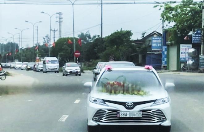 Phó Gám đốc bệnh viện ở Hà Tĩnh phân trần về đám cưới con giữa mùa dịch